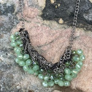 ⚡️Green jewel and silver statement necklace